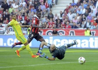 No para la fiesta de Balotelli con el Niza: otro gol y liderato
