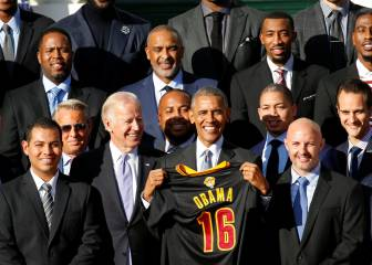 Obama pays tribute to comeback Cleveland Cavaliers