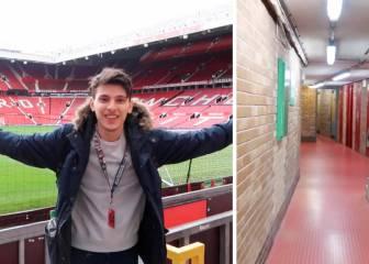 Se esconden en un baño del estadio por ver gratis al United