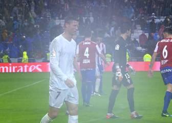 Cristiano acabó el partido entre suspiros y medio cojo