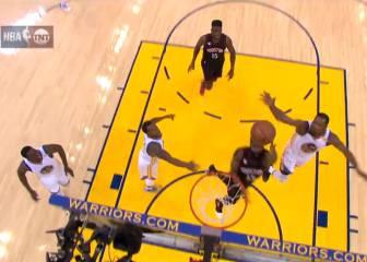 ¡Booom! ¡Vaya 'gorrazo' contra tablero de Durant a Harden!