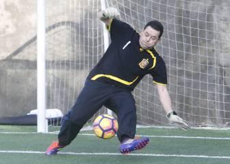 Roncero se viste de Iker Casillas: ¿Qué tal lo hizo de portero?