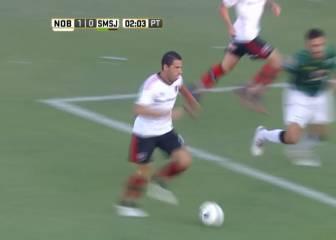 'La Fiera' Maxi Rodríguez marca uno de los goles de su vida