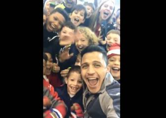 Alexis gets Gunners fans going