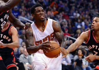 Bledsoe y Booker marcan el camino del triunfo para los Suns