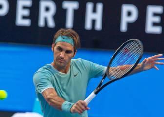 Federer regresa a las pistas con un cómodo triunfo sobre Evans