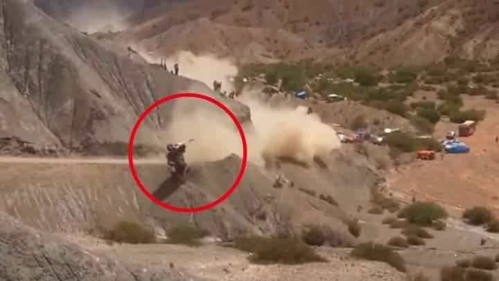 Otra toma del terrorífico accidente de Carlos Sainz