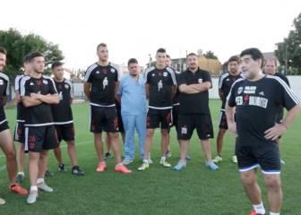 La confesión de Maradona en su tutorial de cómo tirar faltas
