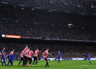 Es una pasada ver este gol de falta de Messi: genio absoluto