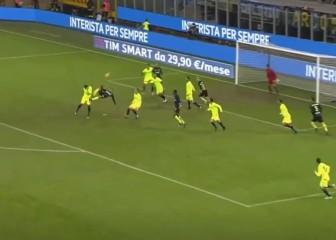 Otro central mejora el gol de Nacho: ¡qué escándalo de chilena!