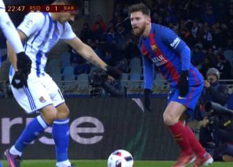 El pelotazo de Yuri a Messi en la chepa que le dejó esta cara