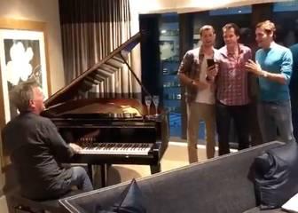 El trío Federer, Haas y Dimitrov: ¿La raqueta o el micrófono?