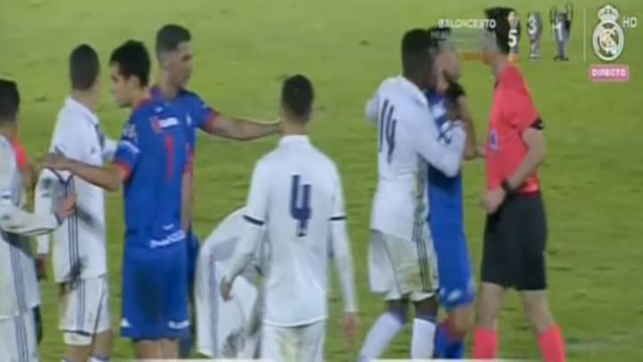 Así fue el final polémico tras el penalti que provocó la ira del Castilla