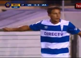 Los 3 'casi goles' de la UC ante Universitario de Lima