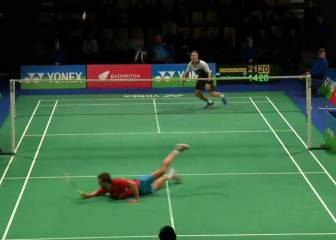 Badminton match serves up smashing point