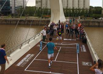 Nishikori and Ferrer's novel game of mini-tennis in Buenos Aires