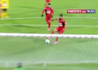 Iranians Persepolis emulate Messi-Suárez two-man penalty