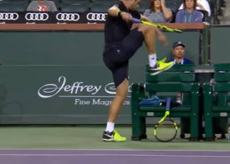 Descontrol épico de Ryan Harrison: ¡destrozó 4 raquetas!
