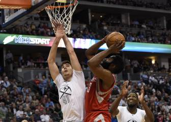 Un Harden 'on fire' decide el triunfo para los Rockets