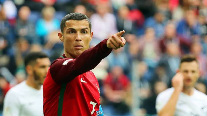 Portugal\'s Cristiano Ronaldo gestures during the FIFA Confederations Cup 2017 group A soccer match between New Zealand and Portugal at the Saint Petersburg stadium in St.Petersburg, Russia, 24 June 2017.