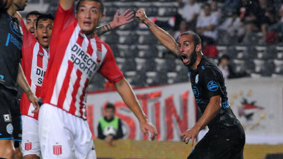 Belgrano derrota a Estudiantes y se acerca a la Sudamericana