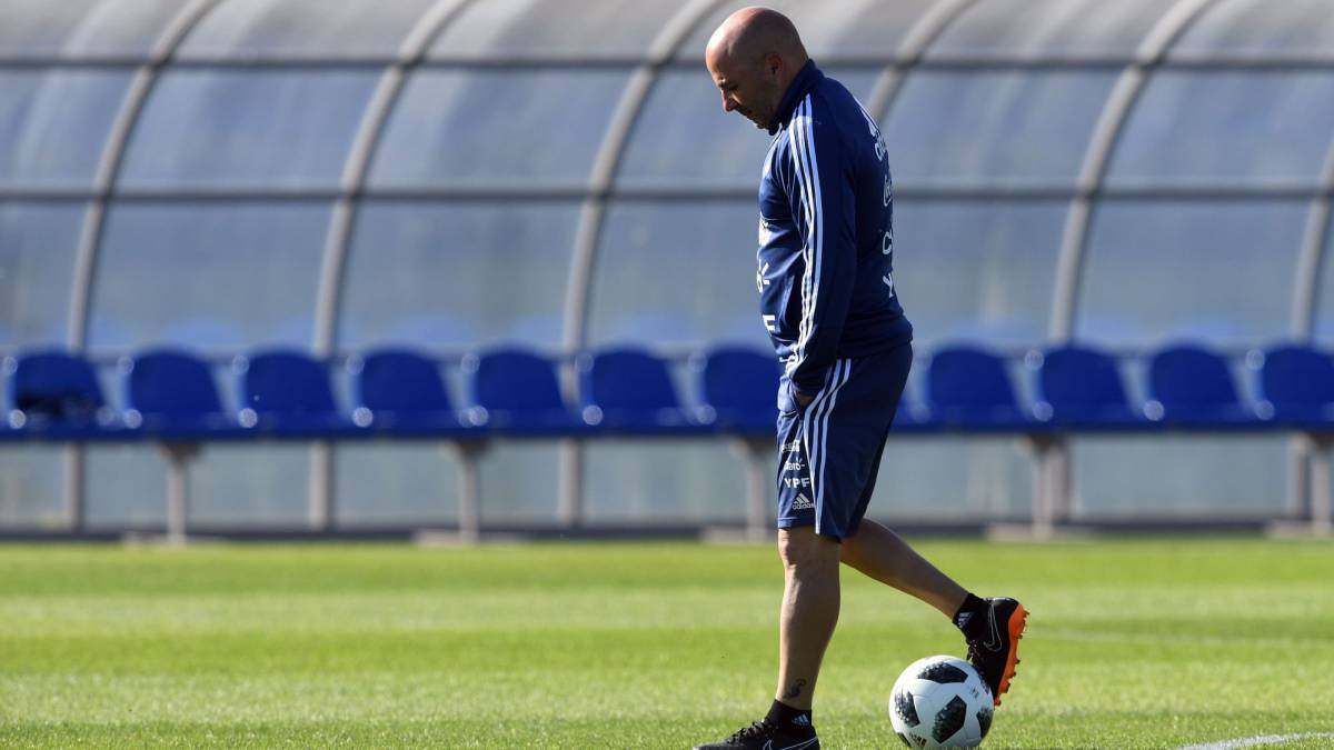 Sampaoli sigue probando