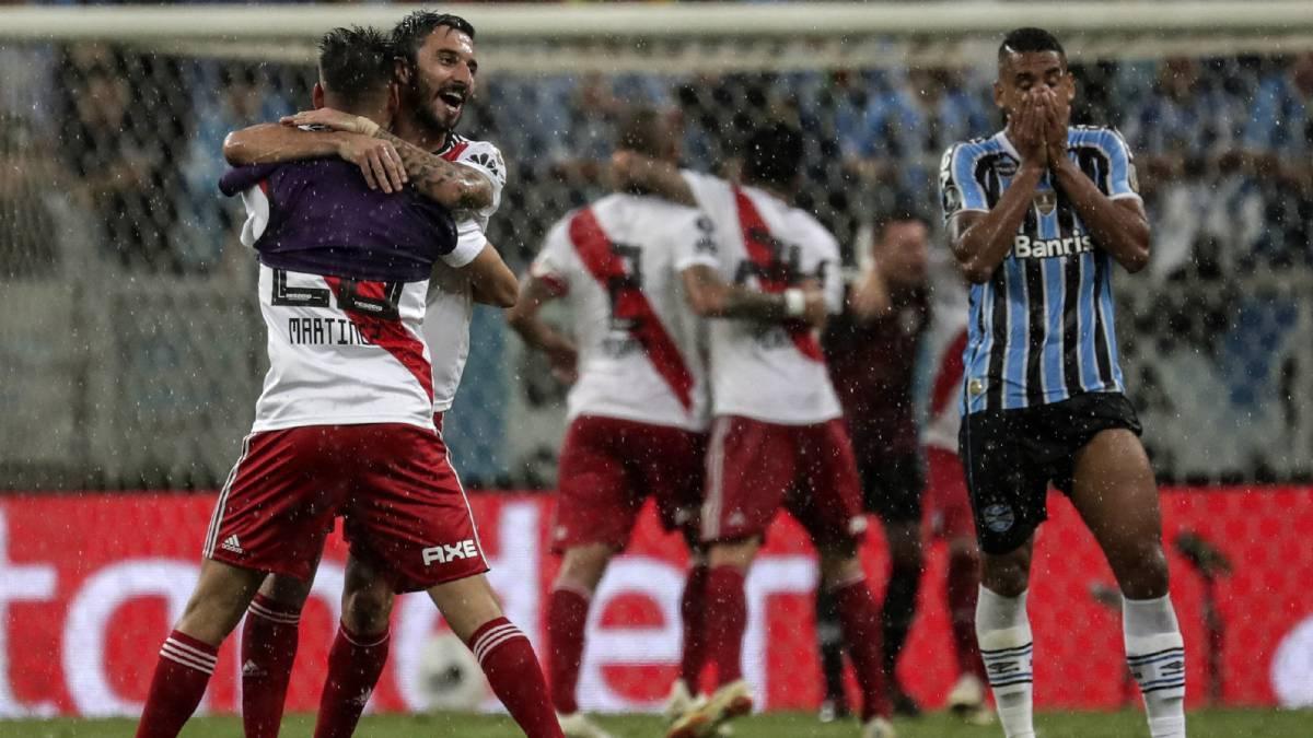 El equipo argentino jugará una nueva final de Copa Libertadores después de  estar contra las cuerdas bfe77205201c7