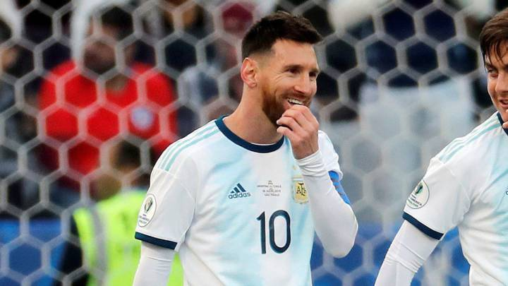 Messi Livid After Red Card Against Chile As Com