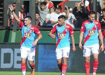 Arsenal golea a Estudiantes