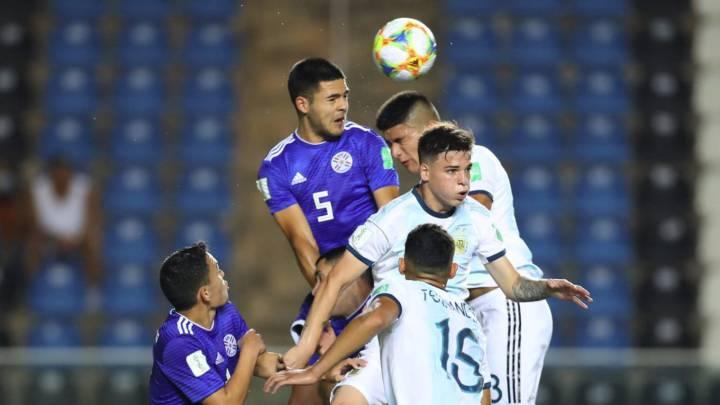 En un segundo tiempo para el olvido, Argentina cae eliminado ante Paraguay
