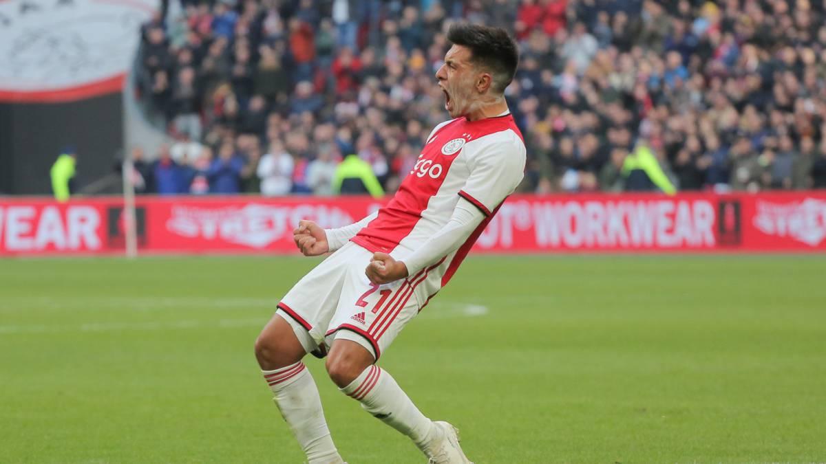 Cabezazo y adentro! El gol de Lisandro Martínez en la goleada del ...