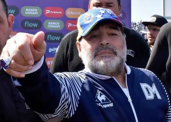Maradona u-turn to stay at Gimnasia