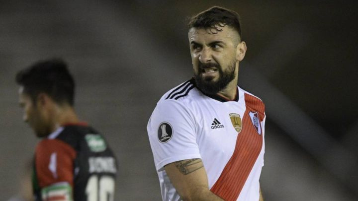Pratto se va de River