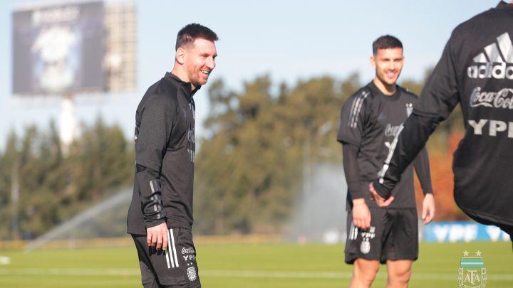 Messi se entrenó con la Selección y piensa en Chile - AS Argentina