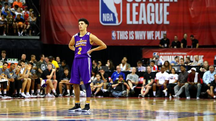 Lonzo Ball, durante el partido contra los Brooklyn Nets de la Summer League de Las Vegas.