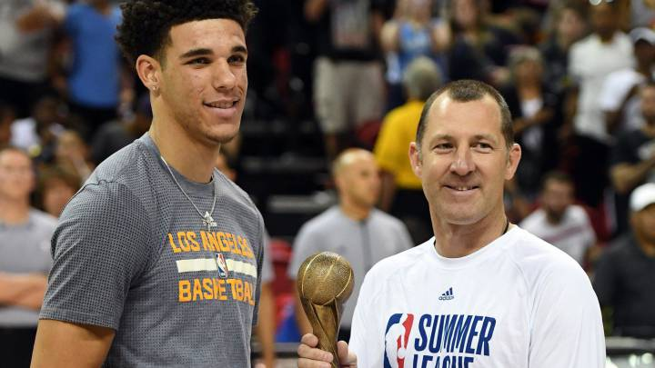 Kuzma (30) gana la 1ª Summer League de los Lakers; Ball, MVP
