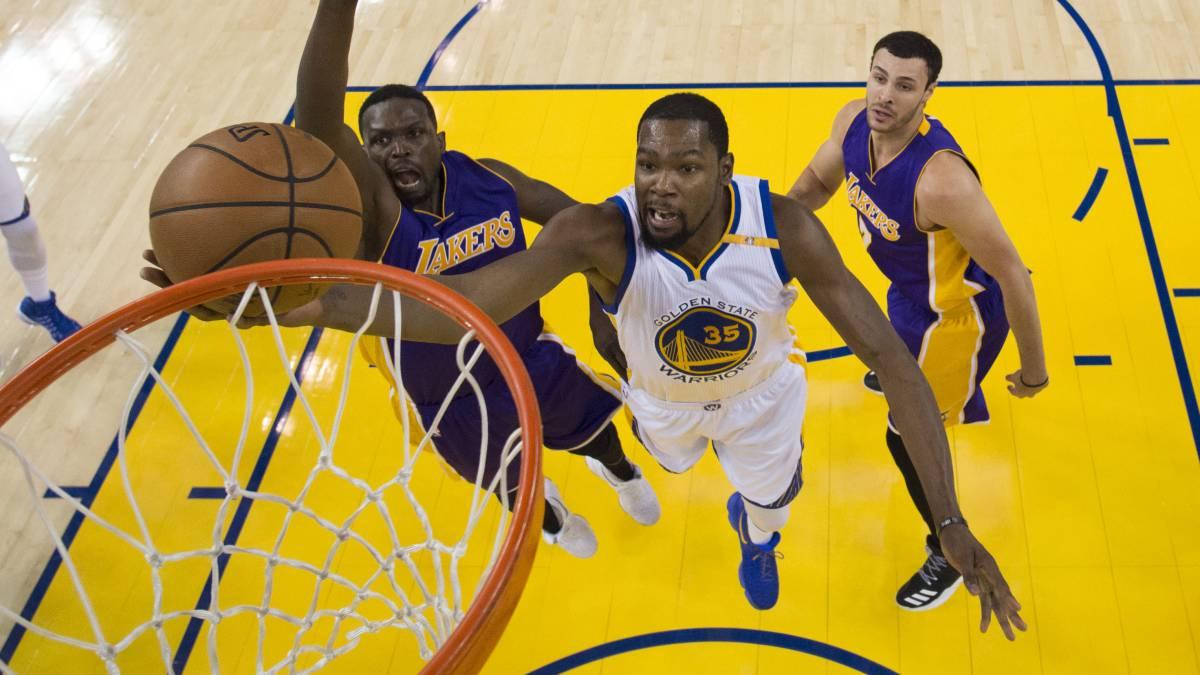 Proyecciones de ESPN: Warriors, Celtics y Cavs ganarán menos