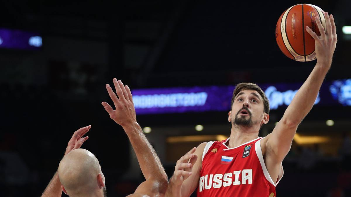 Nick Calathes y Alexey Shved
