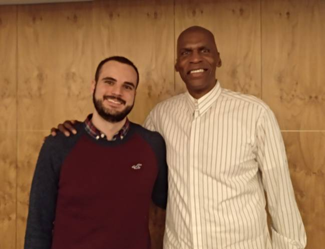 Robert Parish, con el redactor de AS, Manuel de la Torre.