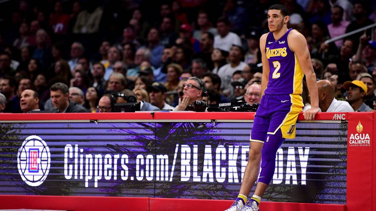 Lonzo Ball, base de Los Angeles Lakers.