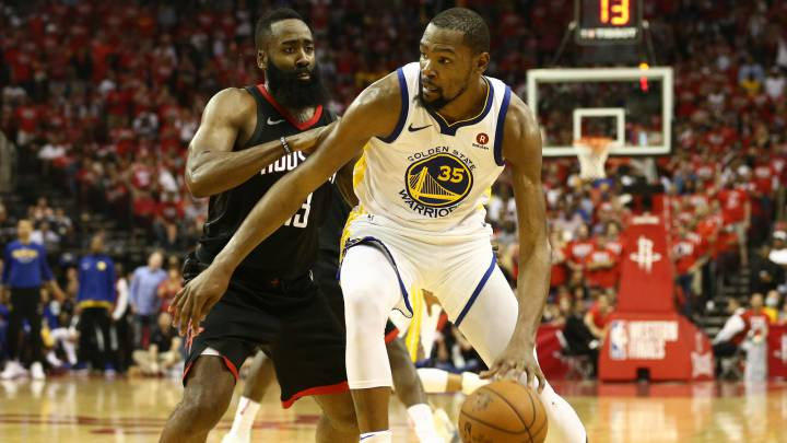 Kevin Durant contra Harden.