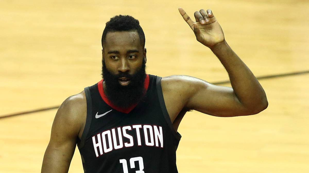 James Harden, de los Houston Rockets, durante el partido ante los Golden State Warriors.