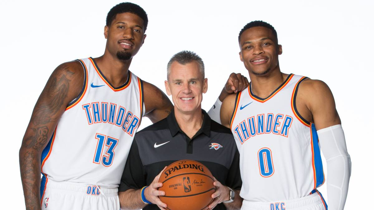 Paul George, Billy Donovan y Russell Westbrook