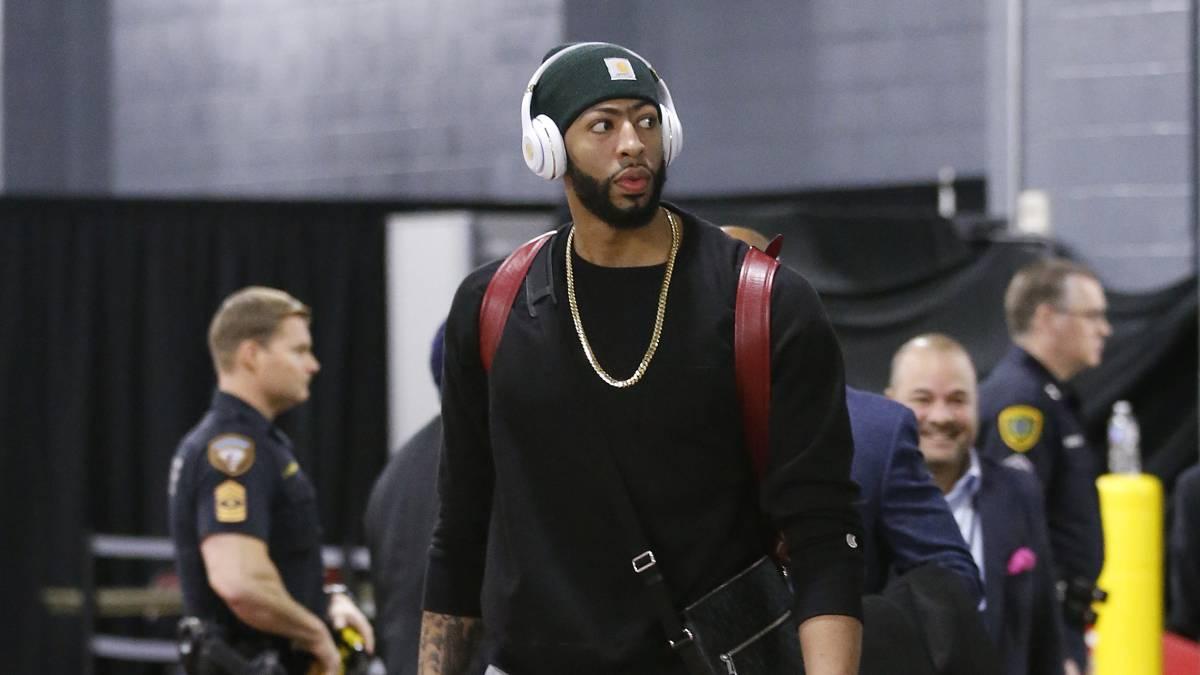 Anthony Davis, antes de un partido de New Orleans Pelicans.