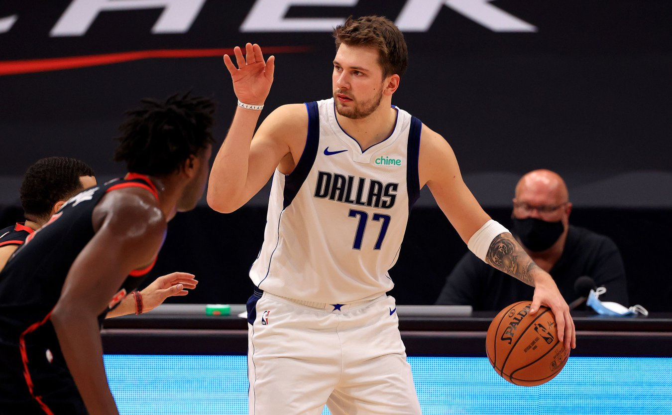 Luka Doncic (base, Dallas Mavericks)