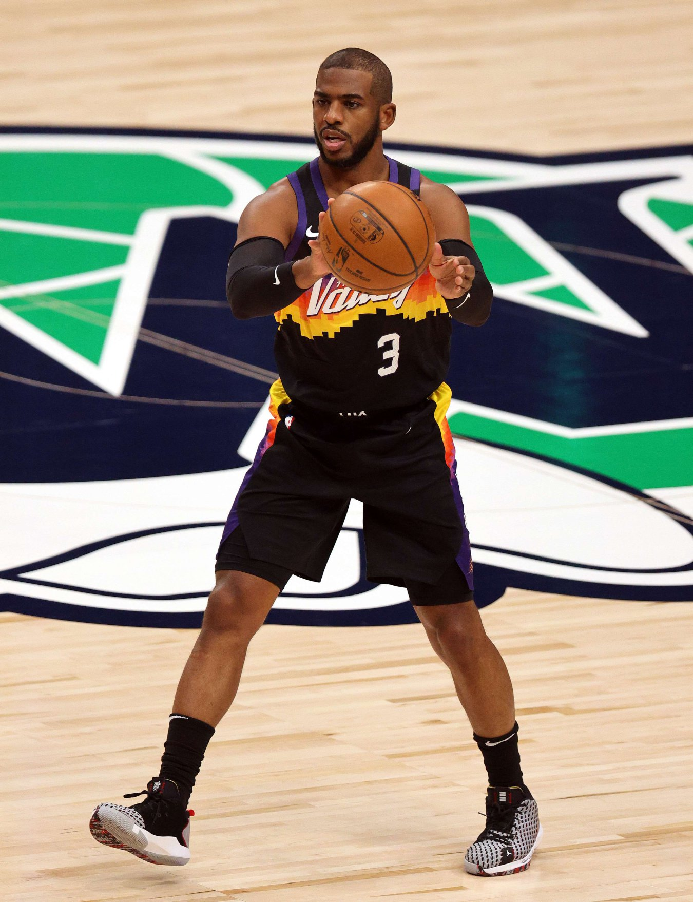 Chris Paul (base, Phoenix Suns)