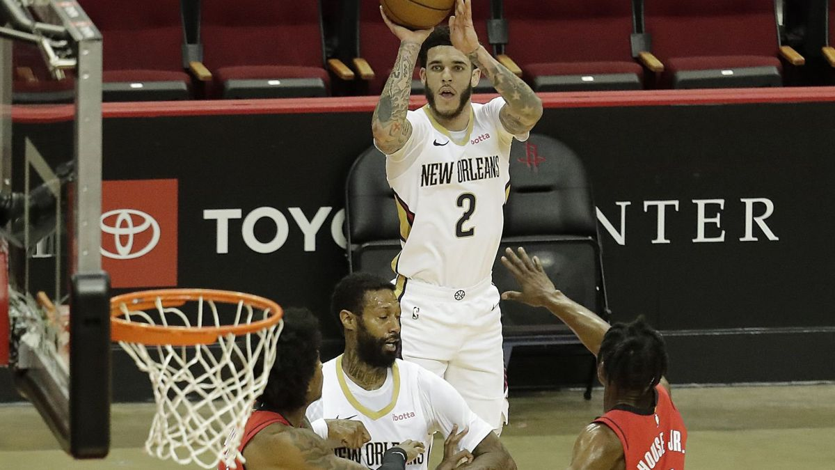 Lonzo Ball and Willy Hernangómez see a ray of light in the Pelicans