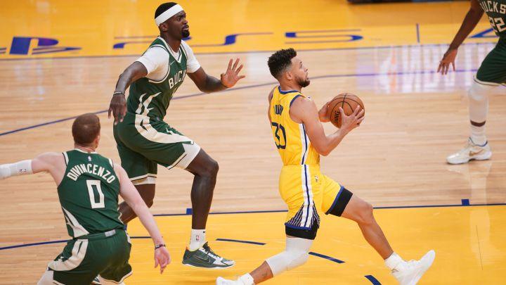 Stephen Curry, durante el partido de la NBA que ha enfrentado a Golden State Warriors y Milwaukee Bucks.