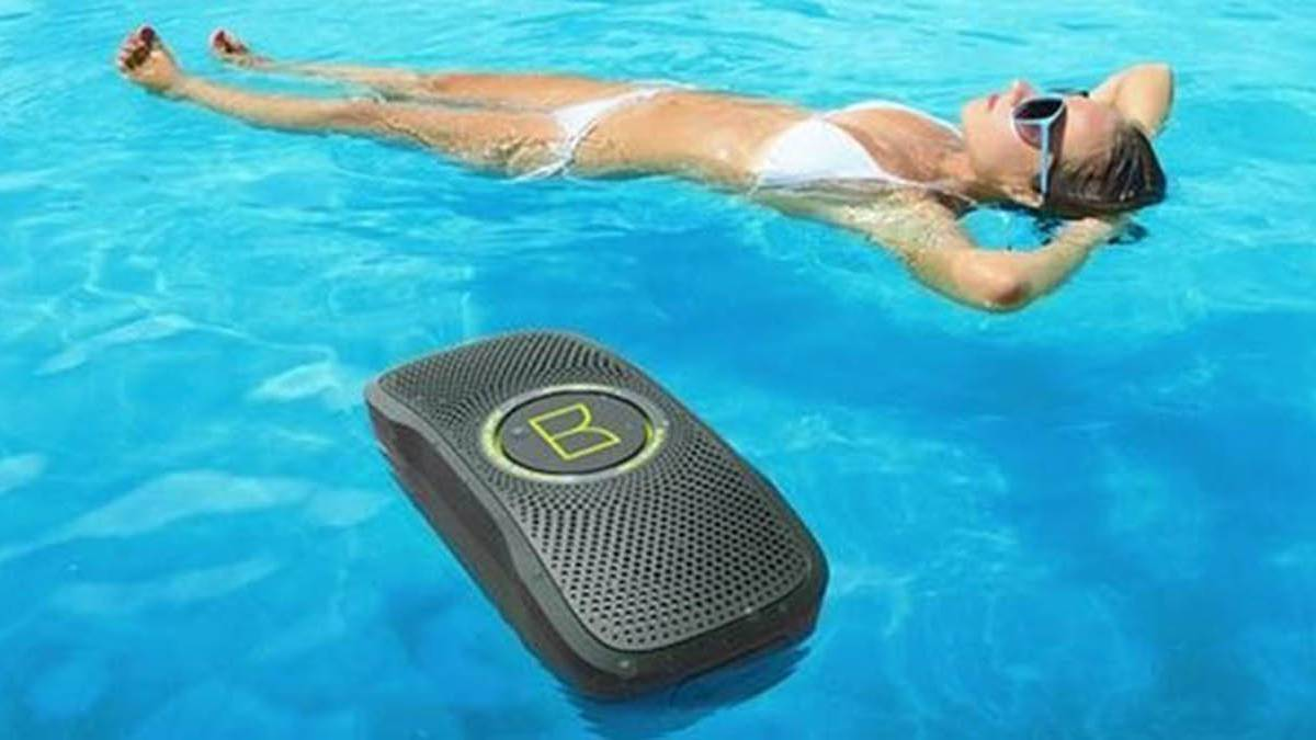 Altavoces bluetooth asequibles para escuchar m sica en la for Musica piscina