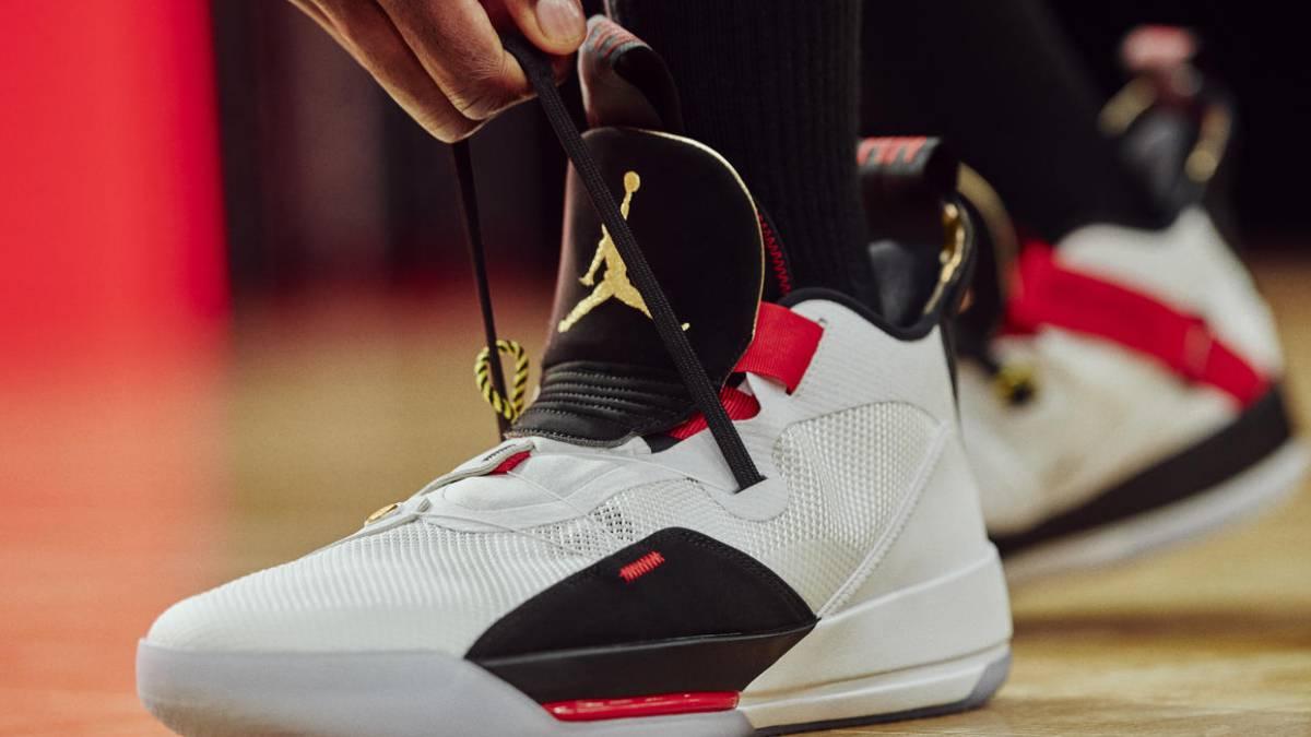 063505c120fd9 Tecnología auto-cordones en las nuevas Air Jordan XXXIII de Nike ...